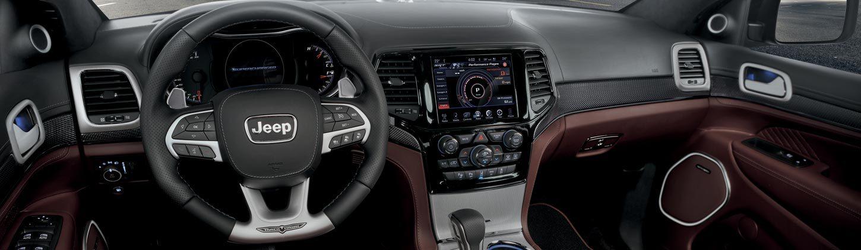https://www.jeep-russia.ru/content/dam/jeep/crossmarket/model/trailhawk-2019/interiors.jpg